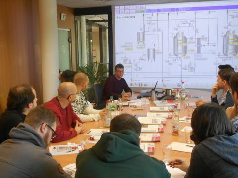 Foto Präsentation Visualisierung Mischen mit Studenten